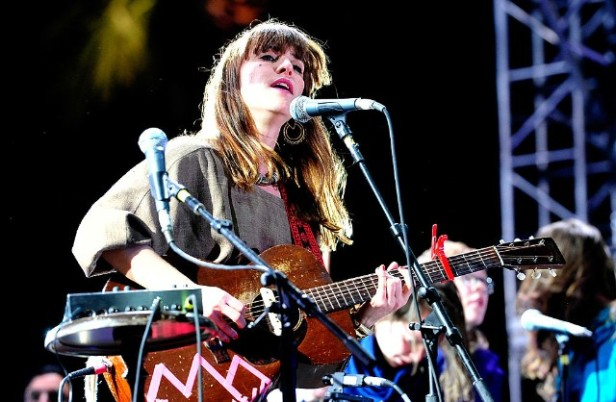 feist-new-album-pleasure-1489502585-640x418.jpg